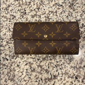 Louis Vuitton Sarah Wallet